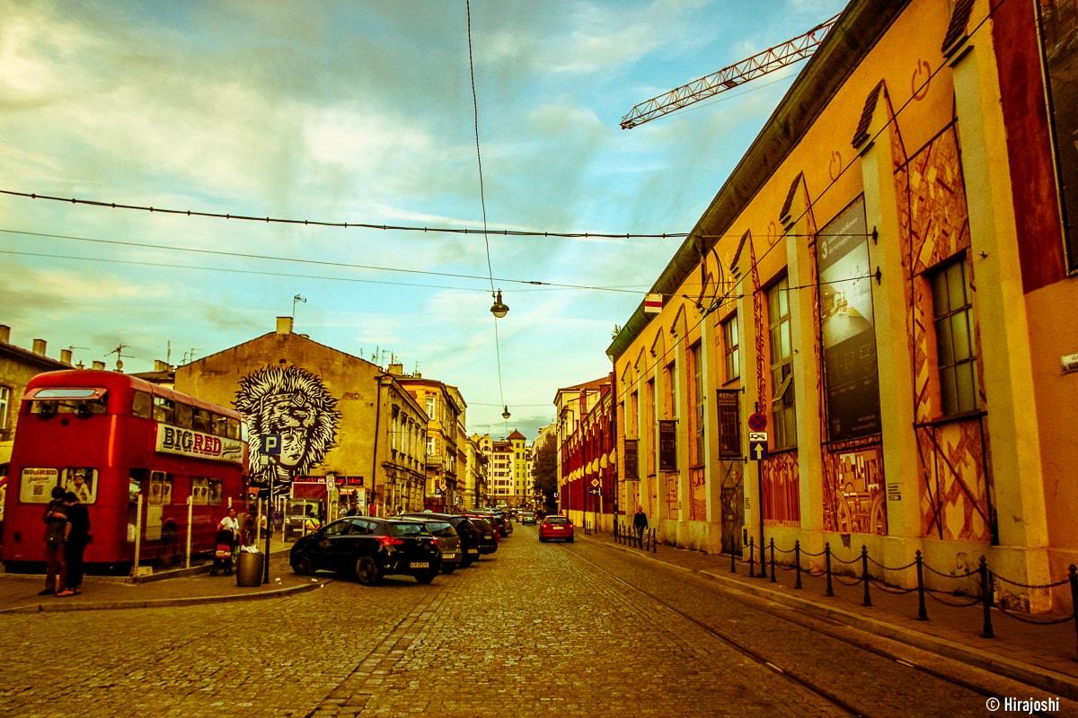 street-art-krakow-poland-b-39
