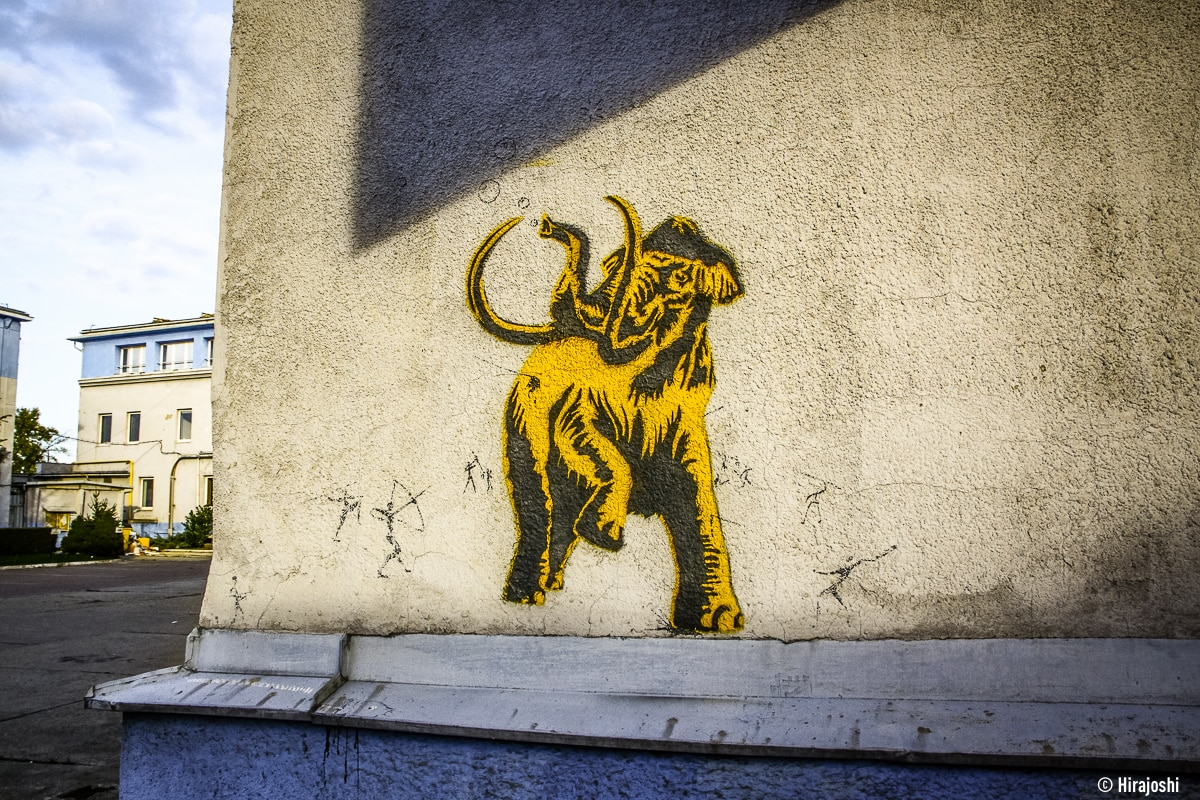 street-art-krakow-poland-b-12